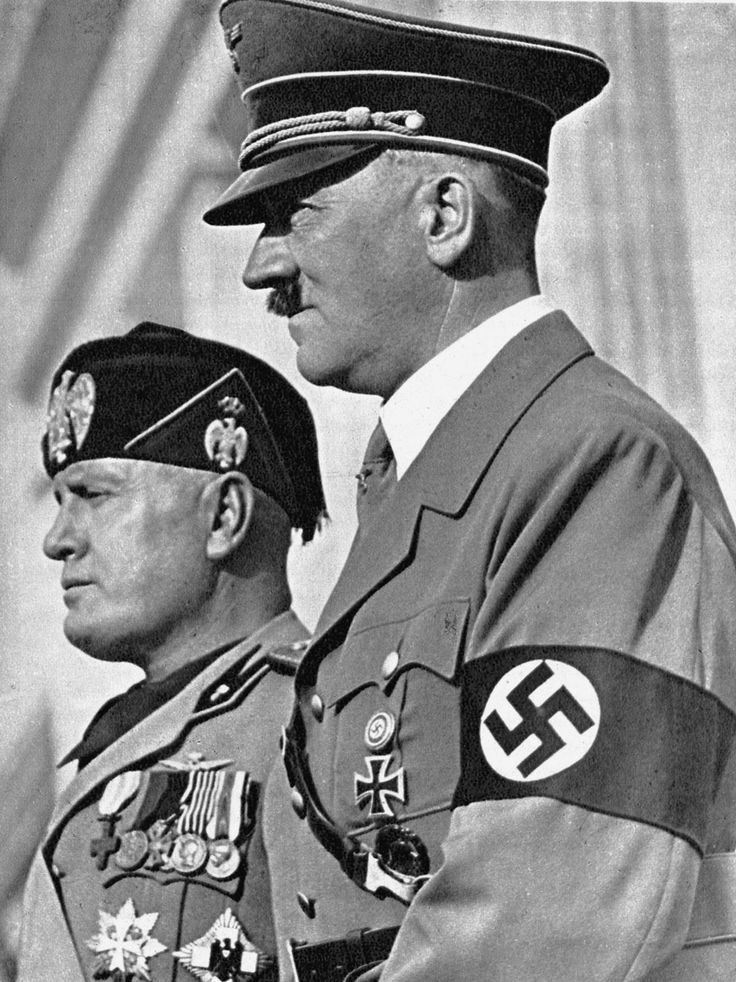 Mussolini+HItler