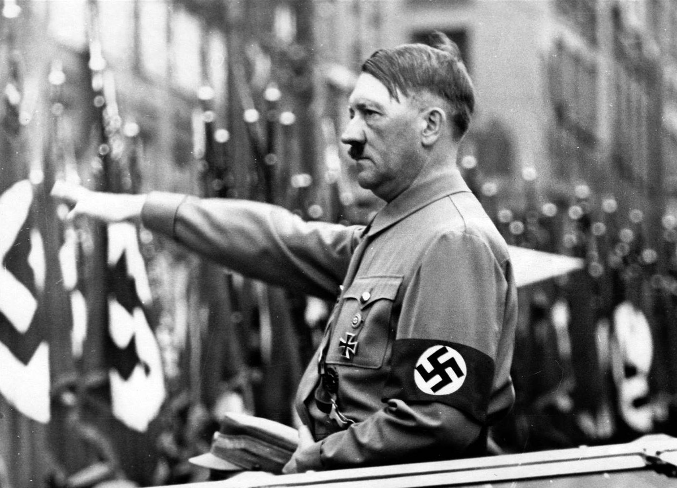 adolf hitler and the nazis rise Hitler web sites lesson plans, activities, and more hitler web sites bbc: the rise of adolf hitler and the nazis a moderately sized and very readable summary of the growth and formation of hitler's career and the nazi party.