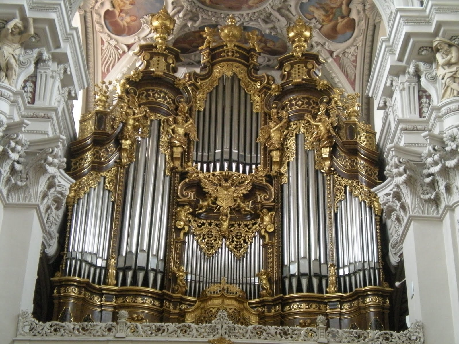 The Pipe Organ More Than Just A Church Instrument Gosouth